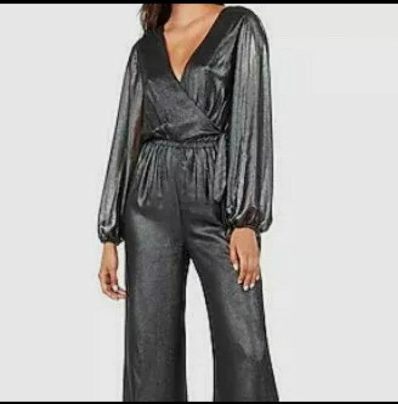 NWT Express jumpsuit long-sleeved