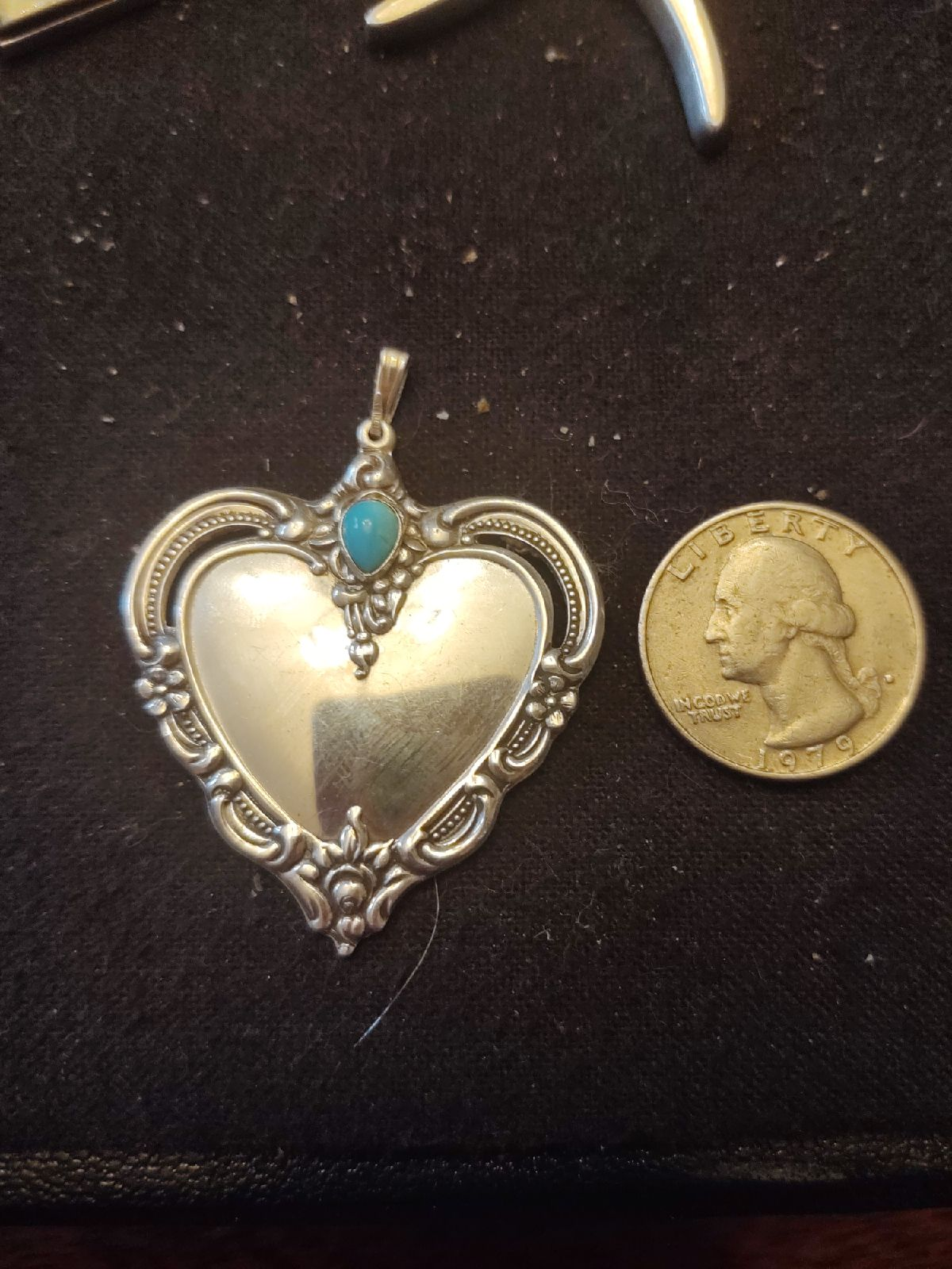 Gorgeous Sterling turquoise Pendant Towl