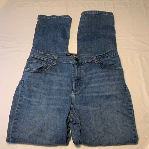 Lee Relaxed Mid Rise Jeans 16 Tall