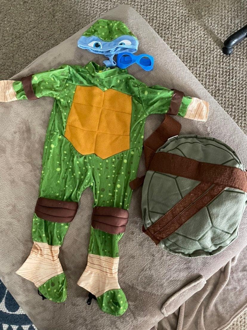 ninja turtles costume and bucket