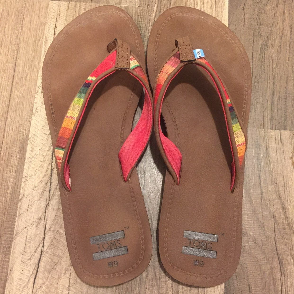 TOMS Sandals Size 9 EUC Worn Very Little