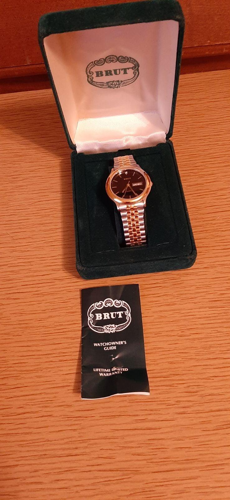 Brut wrist watch