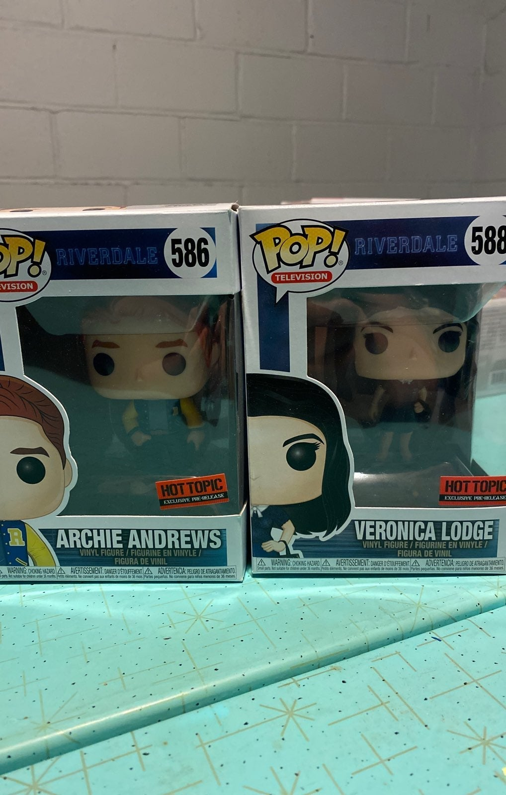 Funko Pop hot topic exclusive riverdale