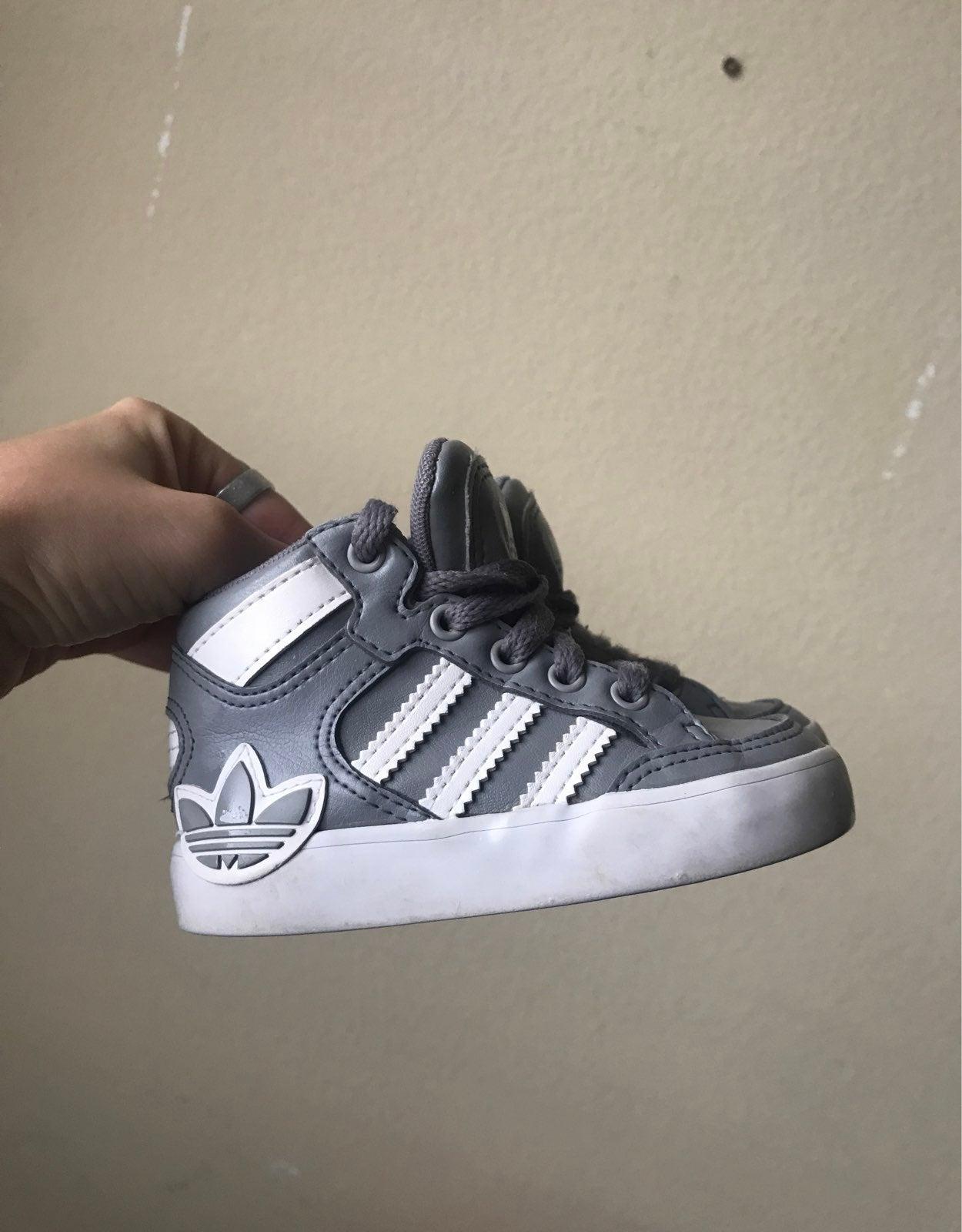 kids toddler adidas high tops size 5