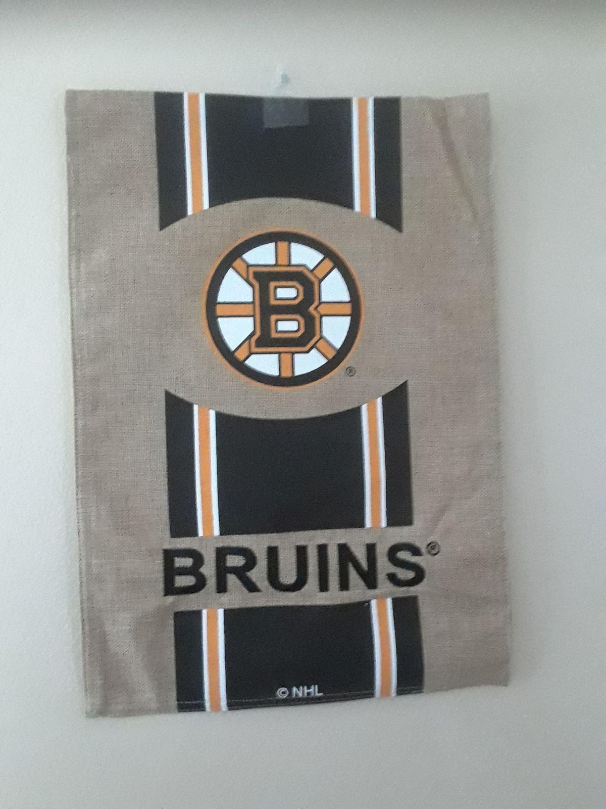Bruins sign