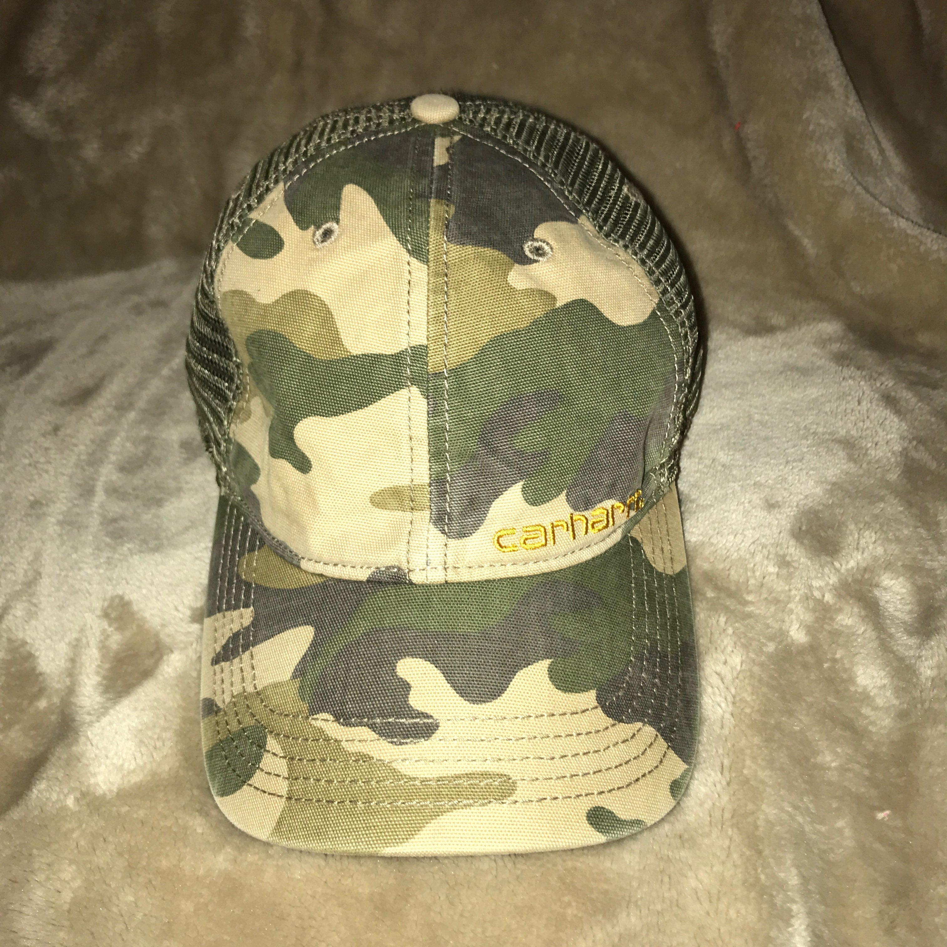 NEW CARHARTT CAMO HAT! ONE SIZE FITS ALL