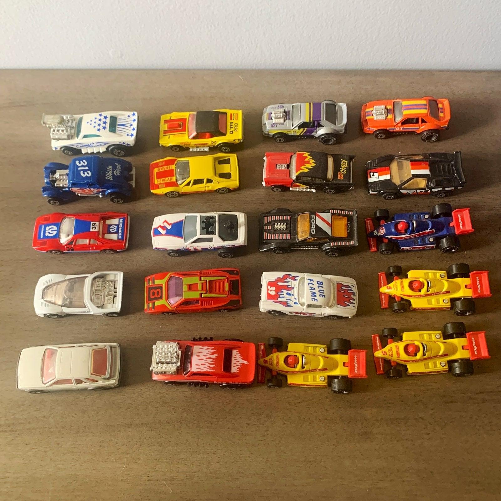 Lot of vintage 1980 Matchbox Cars