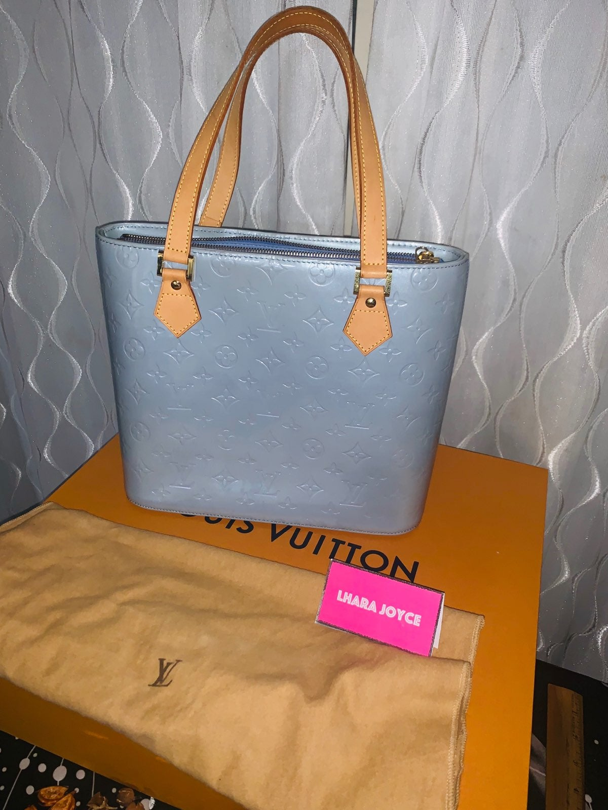Louis Vuitton Vernis Tote Leather