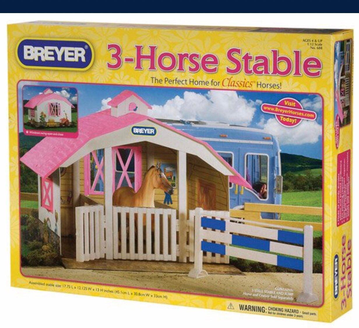 Breyer 3 horse stable set