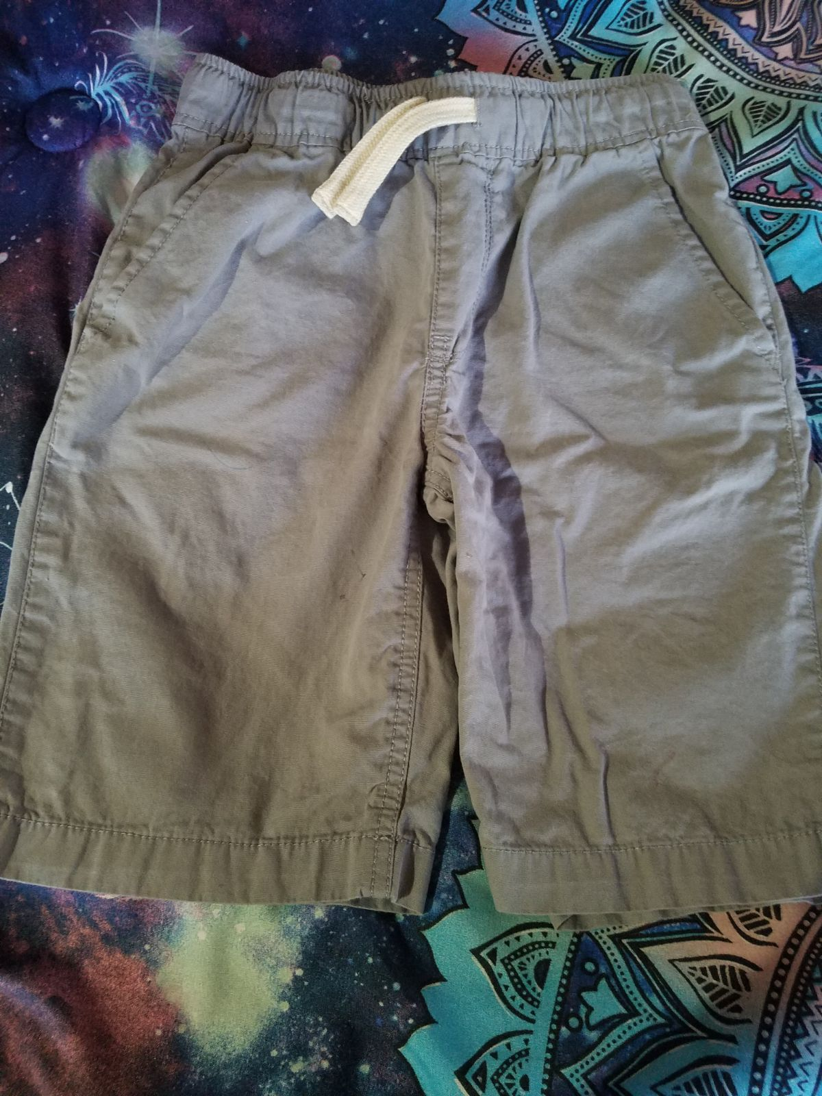 Boys gray cargo shorts