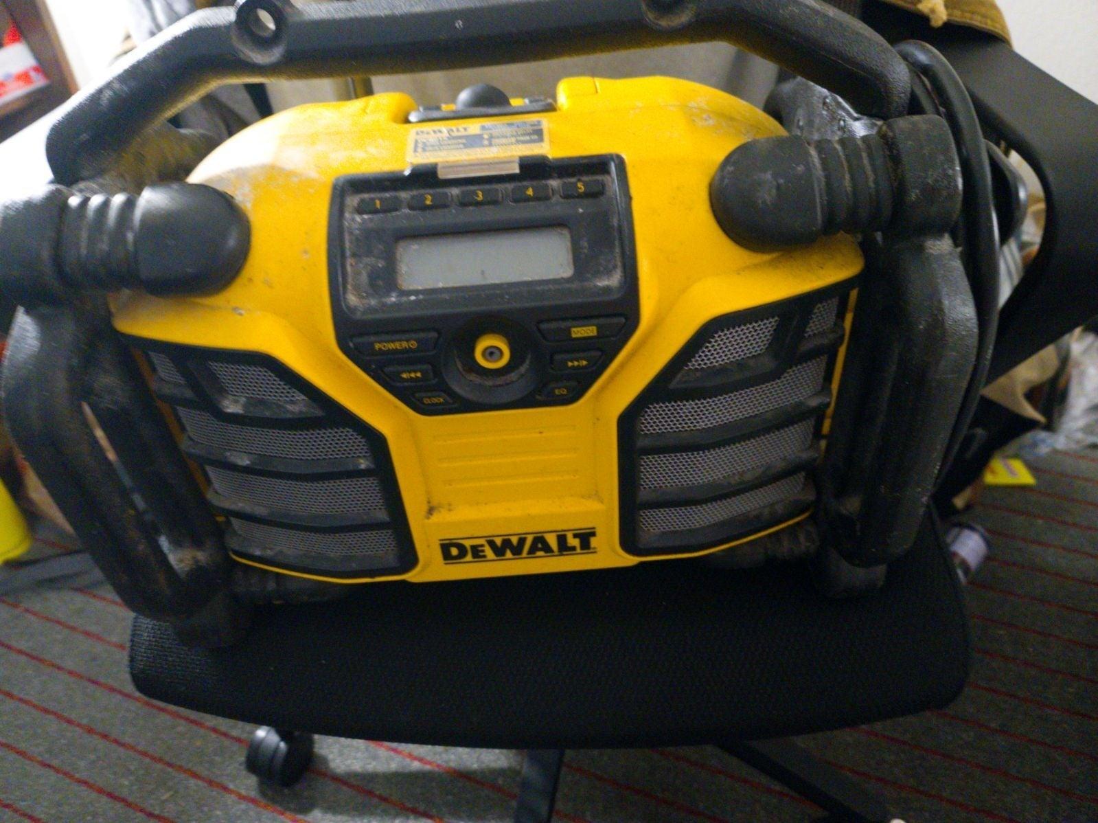 DEWALT20-Volt Max Cordless Bluetooth Jo
