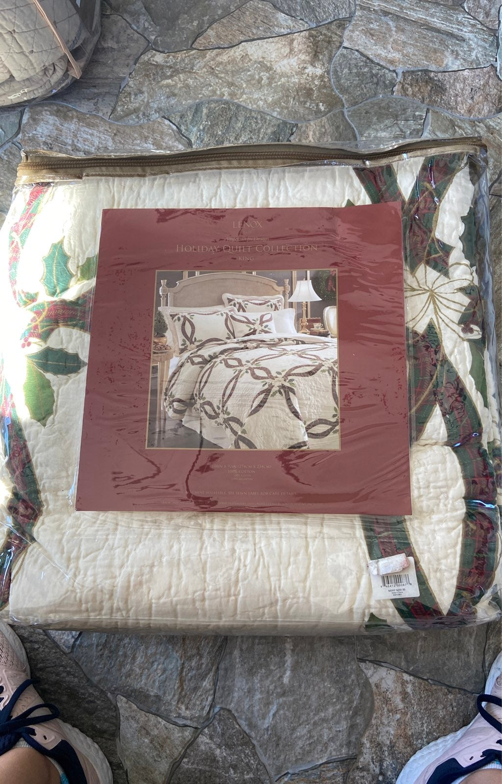 Lenox King Holiday Quilt