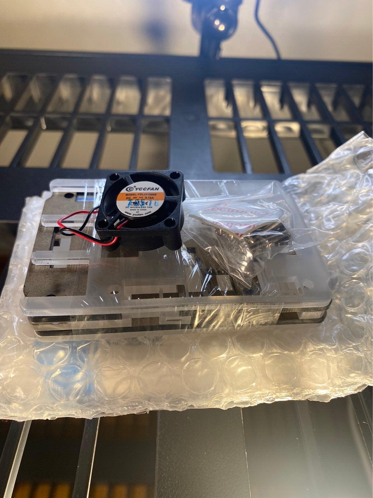 Raspberry Pi 3 Case w/ Fan