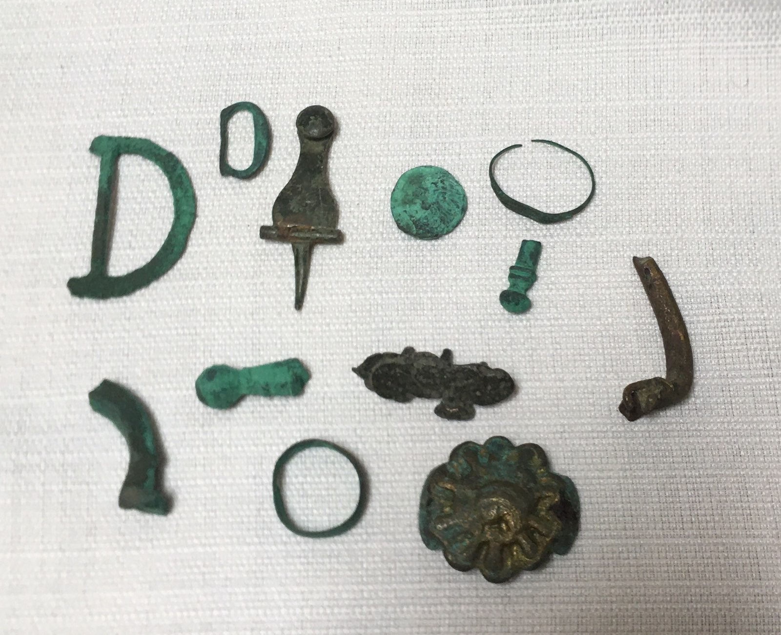 12 Ancient Relics & Tokens