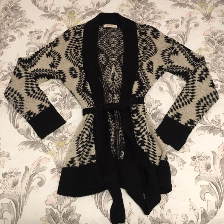 Black & Beige Sweater Cardigan