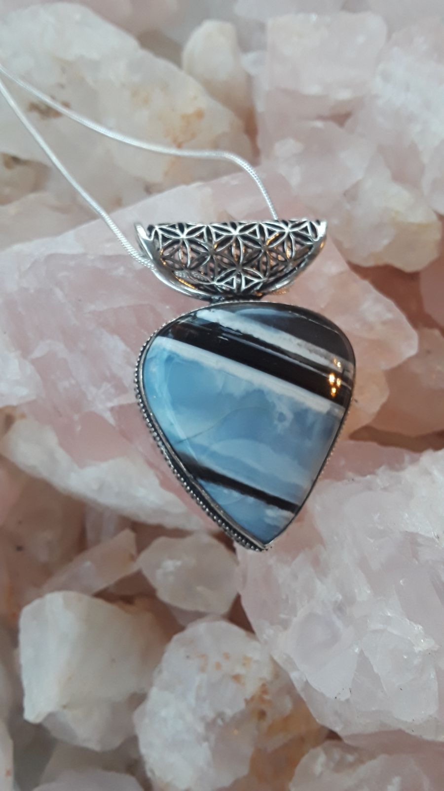 Rare blue lace agate stone pendant with