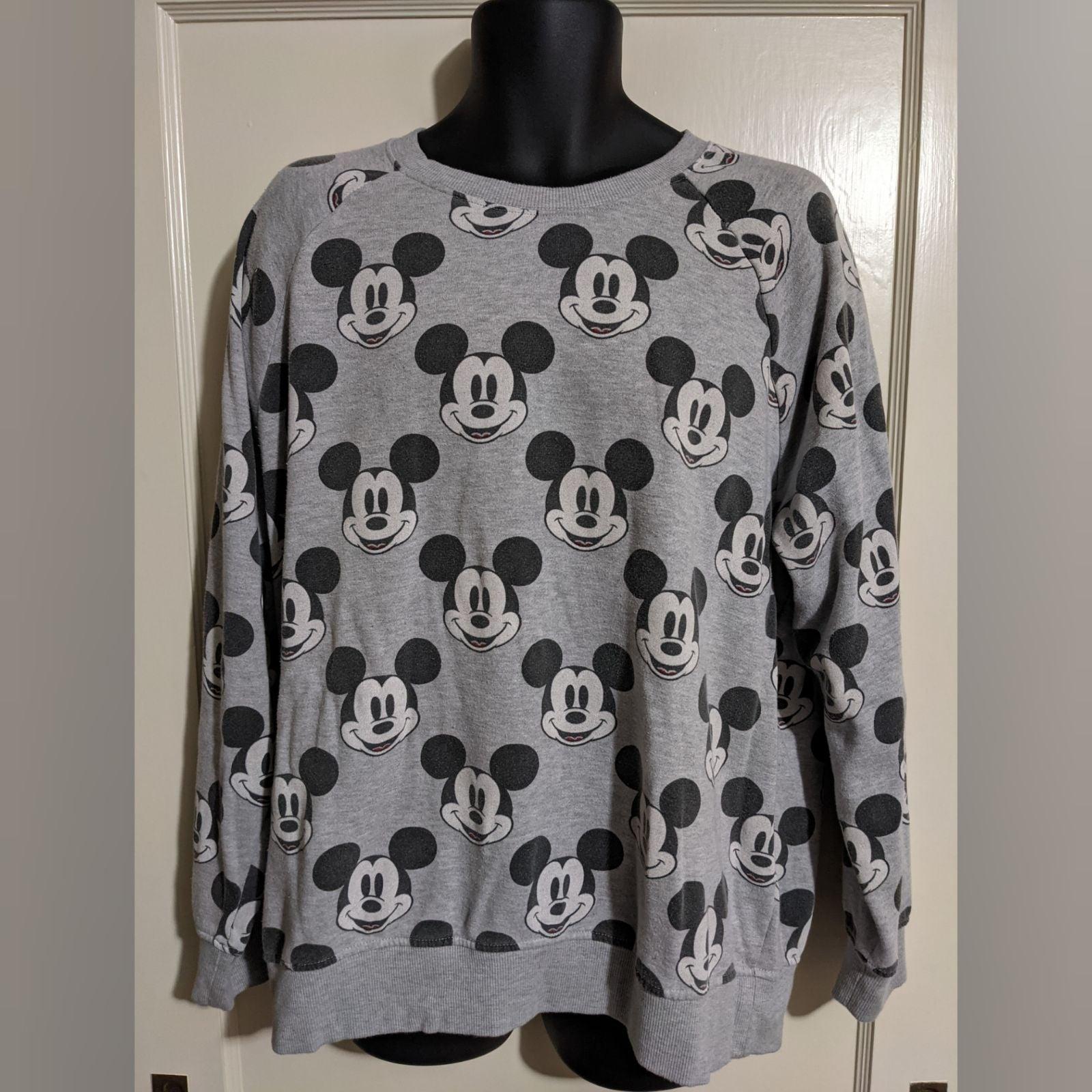 Disney Grey Vintage Crewneck Sweater XXL