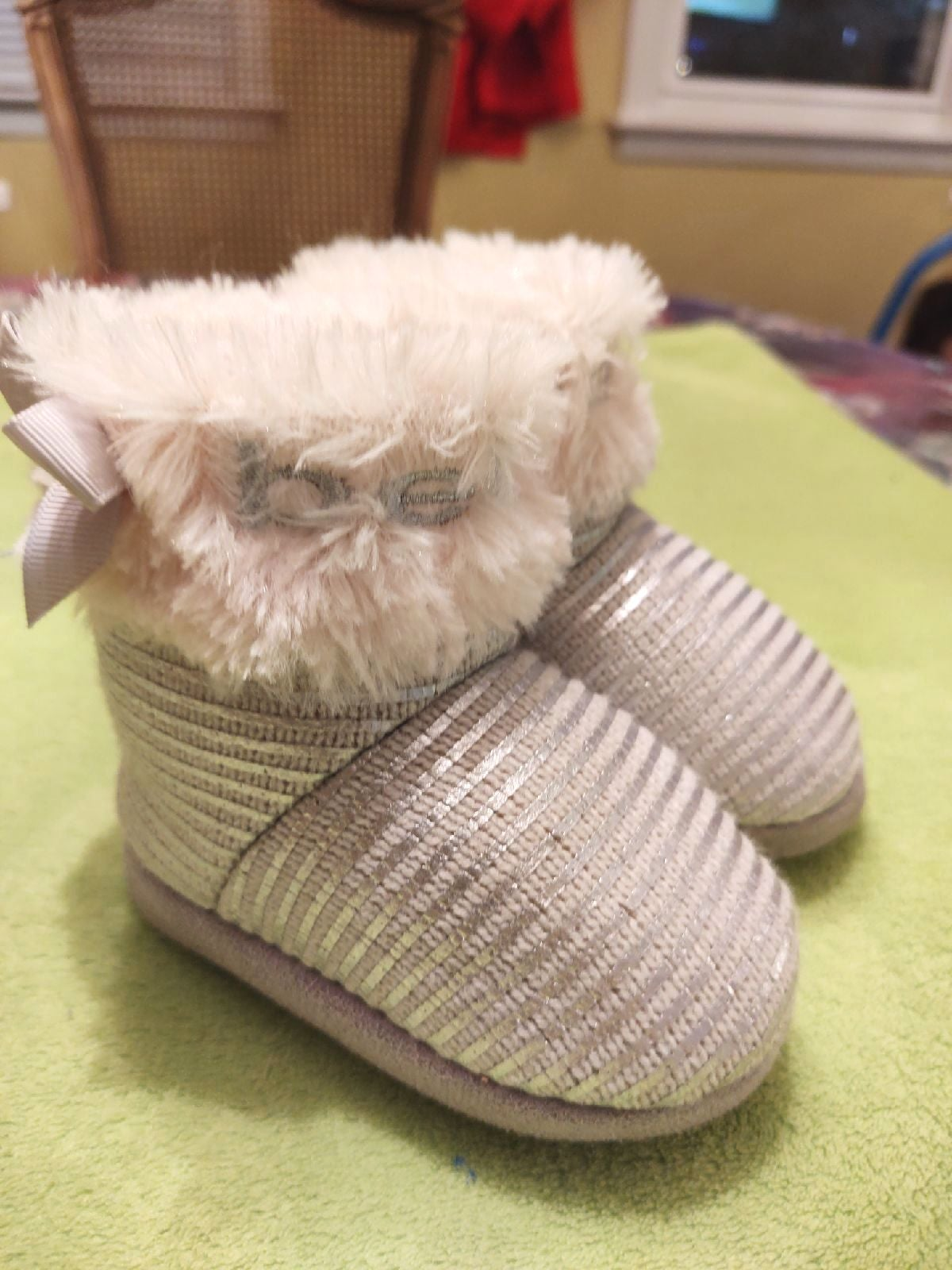 Bebe baby winter boots size 5-6