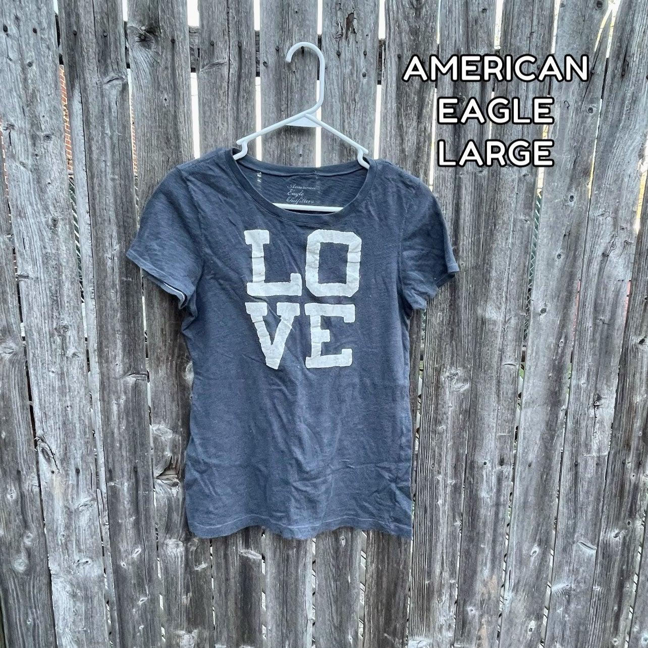 "(LG) AE ""Love"" Graphic T-shirt"