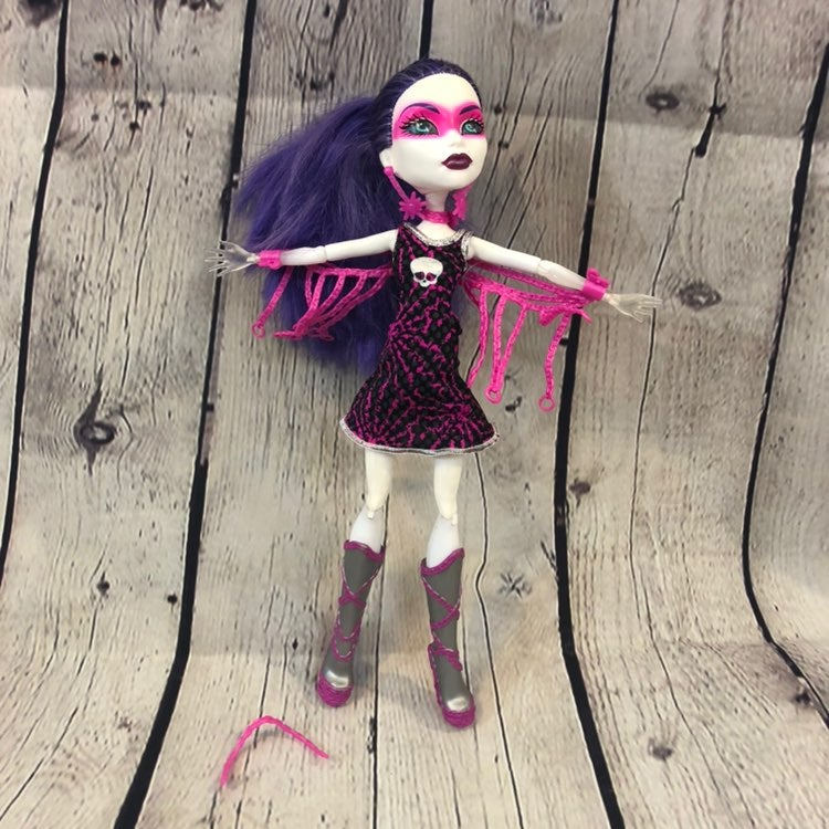 Monster High Spectra Power Ghoul Doll