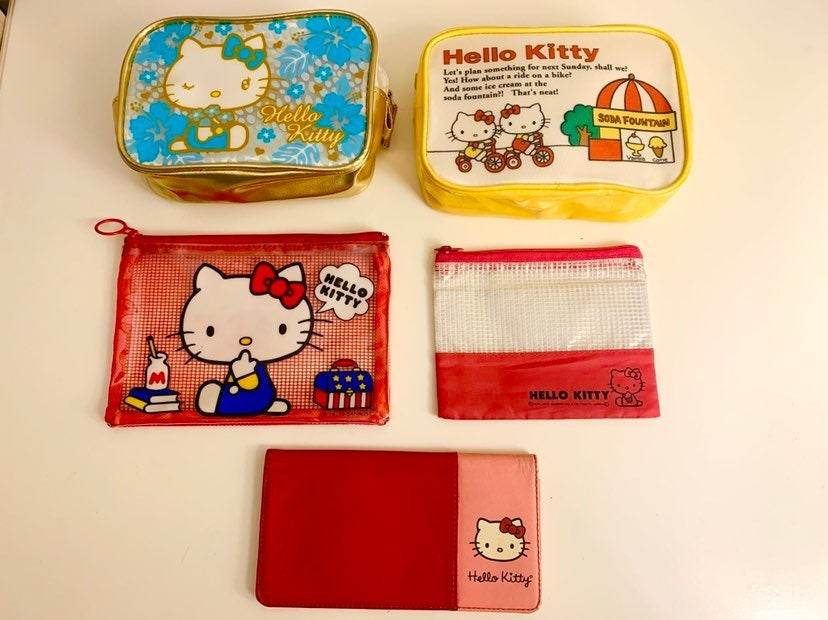 Hello Kitty Pouch Bag Check Card Case
