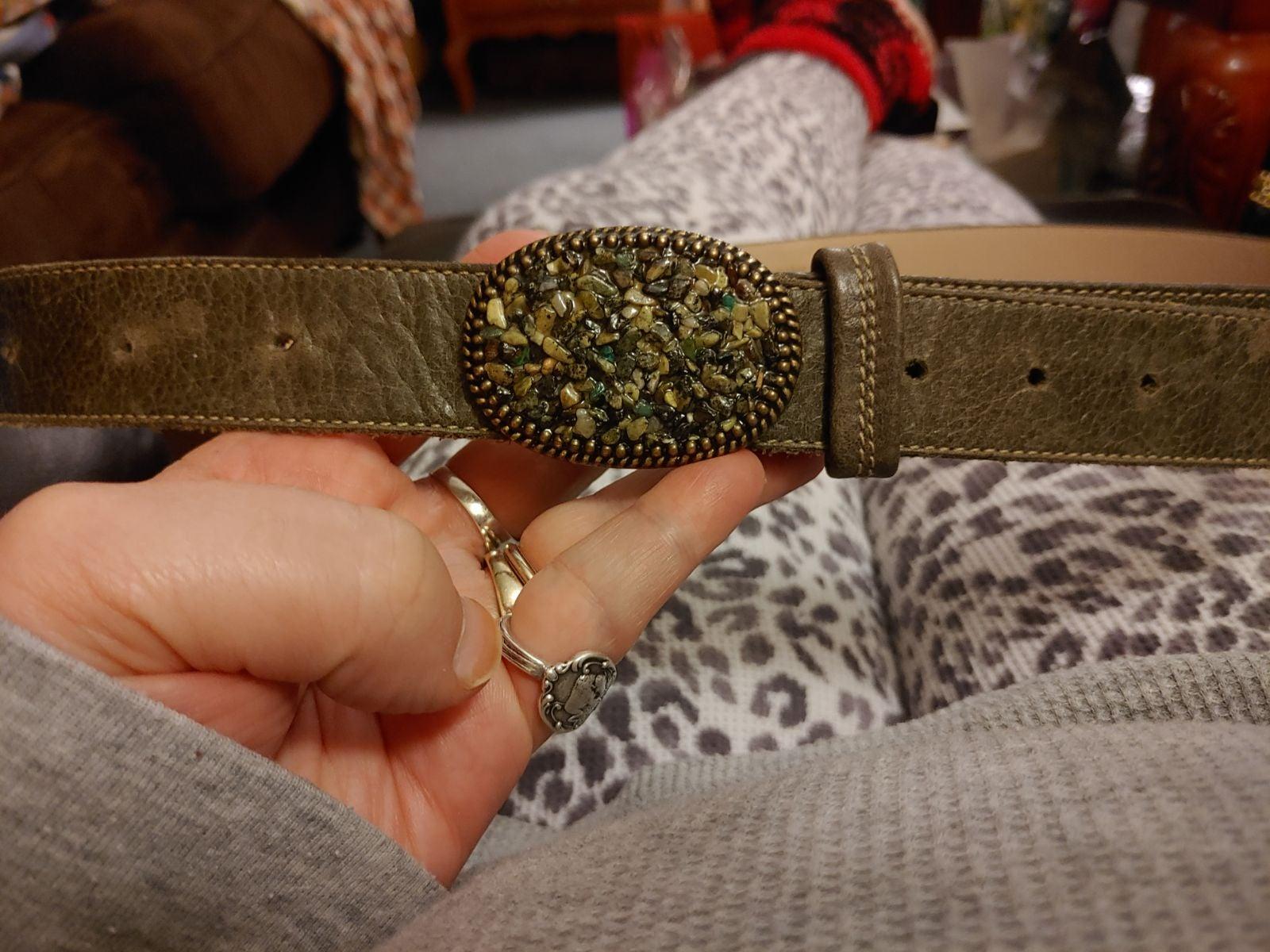 Canada Century Buckle & Lg Leather Belt