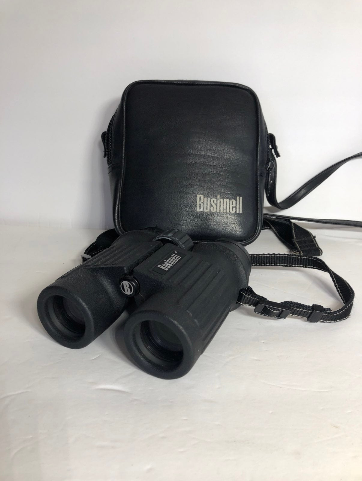 Bushnell Legend Waterproof Binoculars 8x