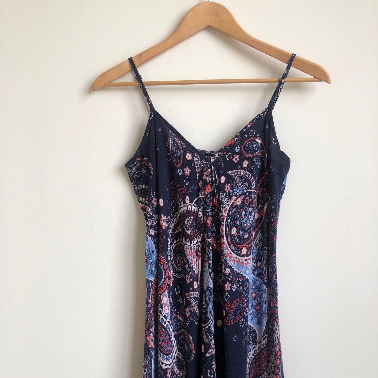 a.n.a. Handkerchief Midi Dress Paisley