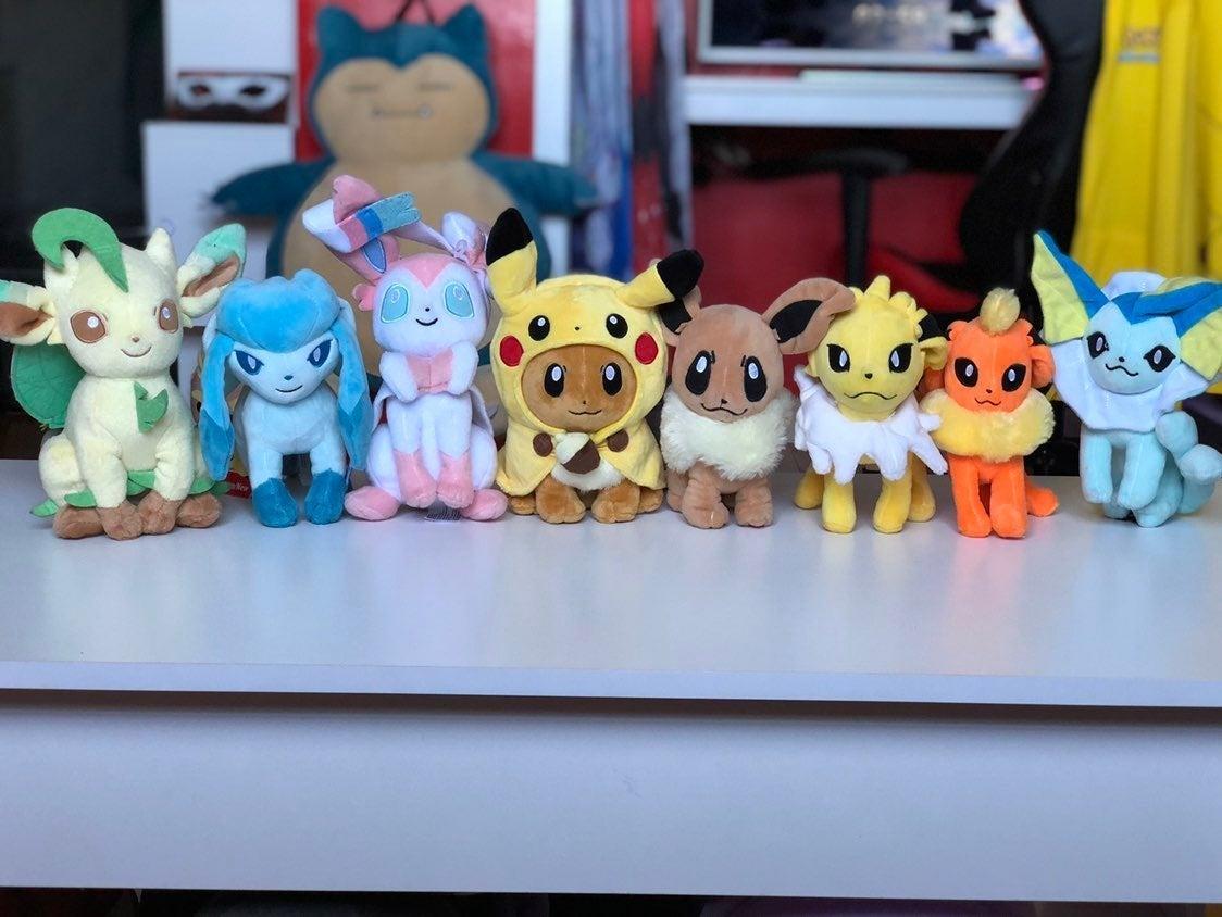 Pokemon eevee evolution plush set