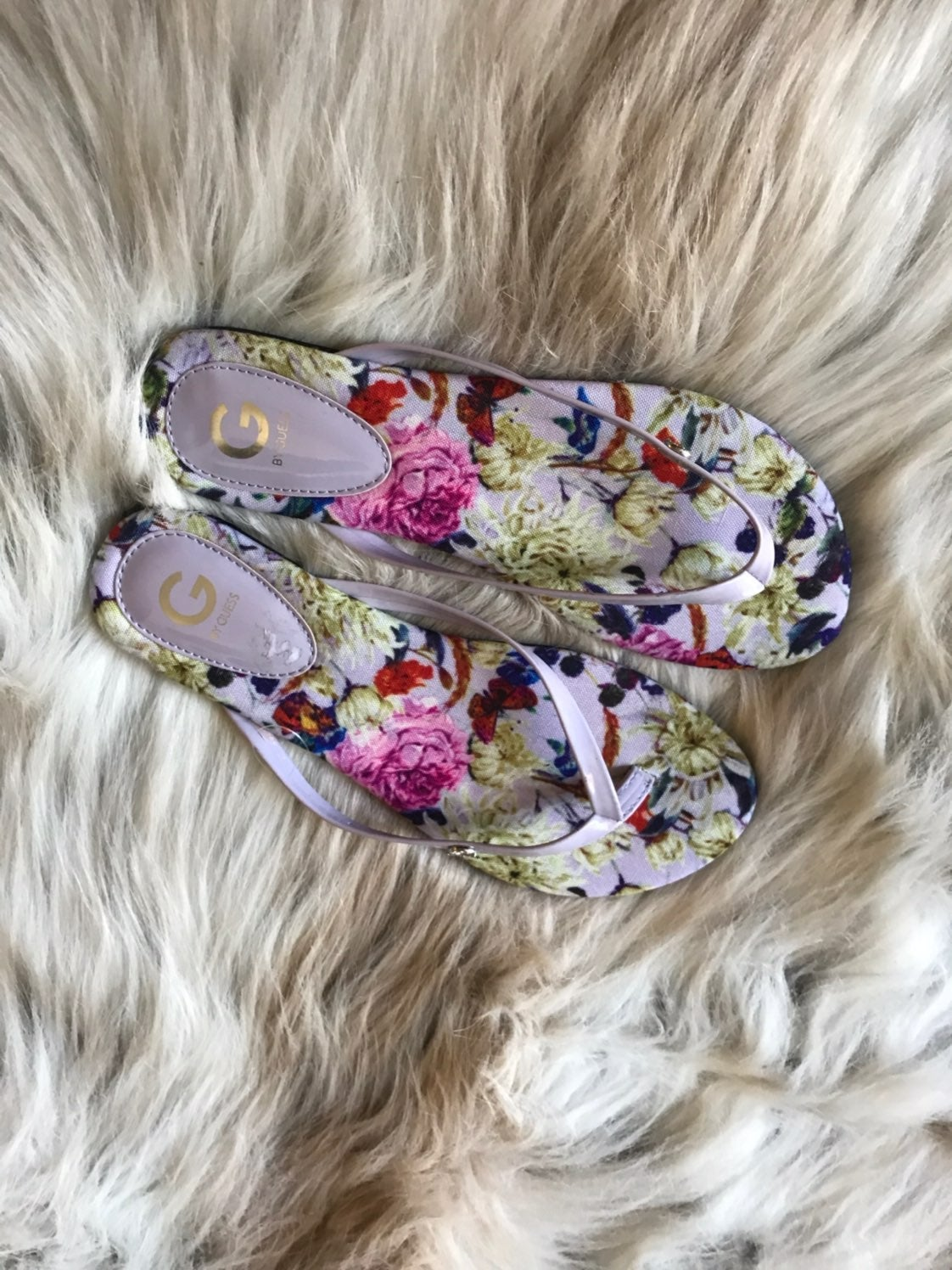 Guess Floral Thong Sandals 8 womens