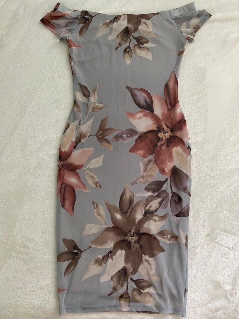 Strapless Bodycon Knee-Length Dress