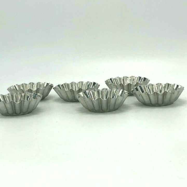 6 Vintage Metal Aluminum Fluted Molds