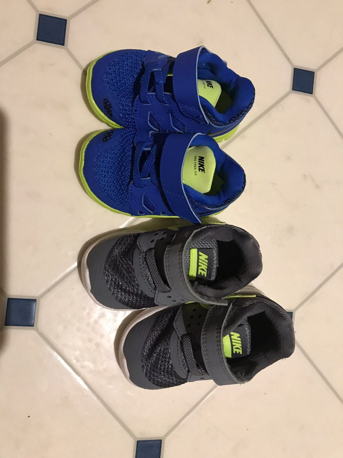 Nike infant/toddler boys sneakers