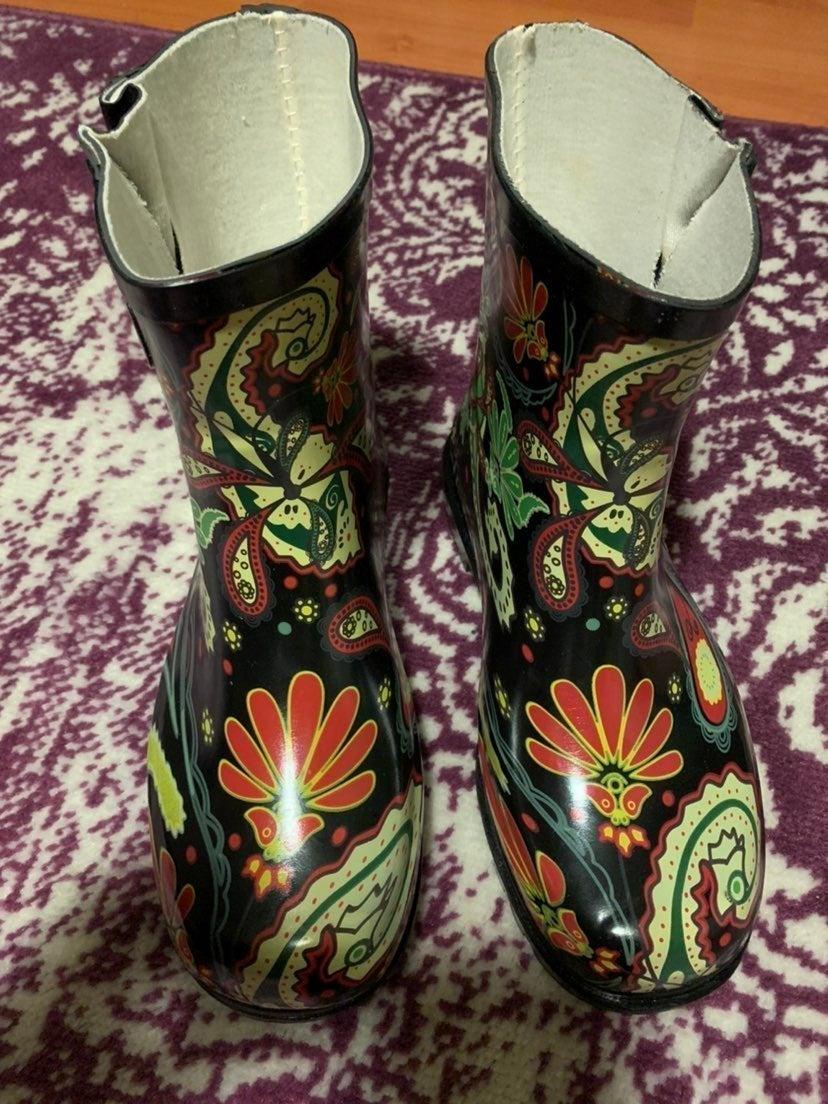 Nomad Footwear paisley dew rain boots 8