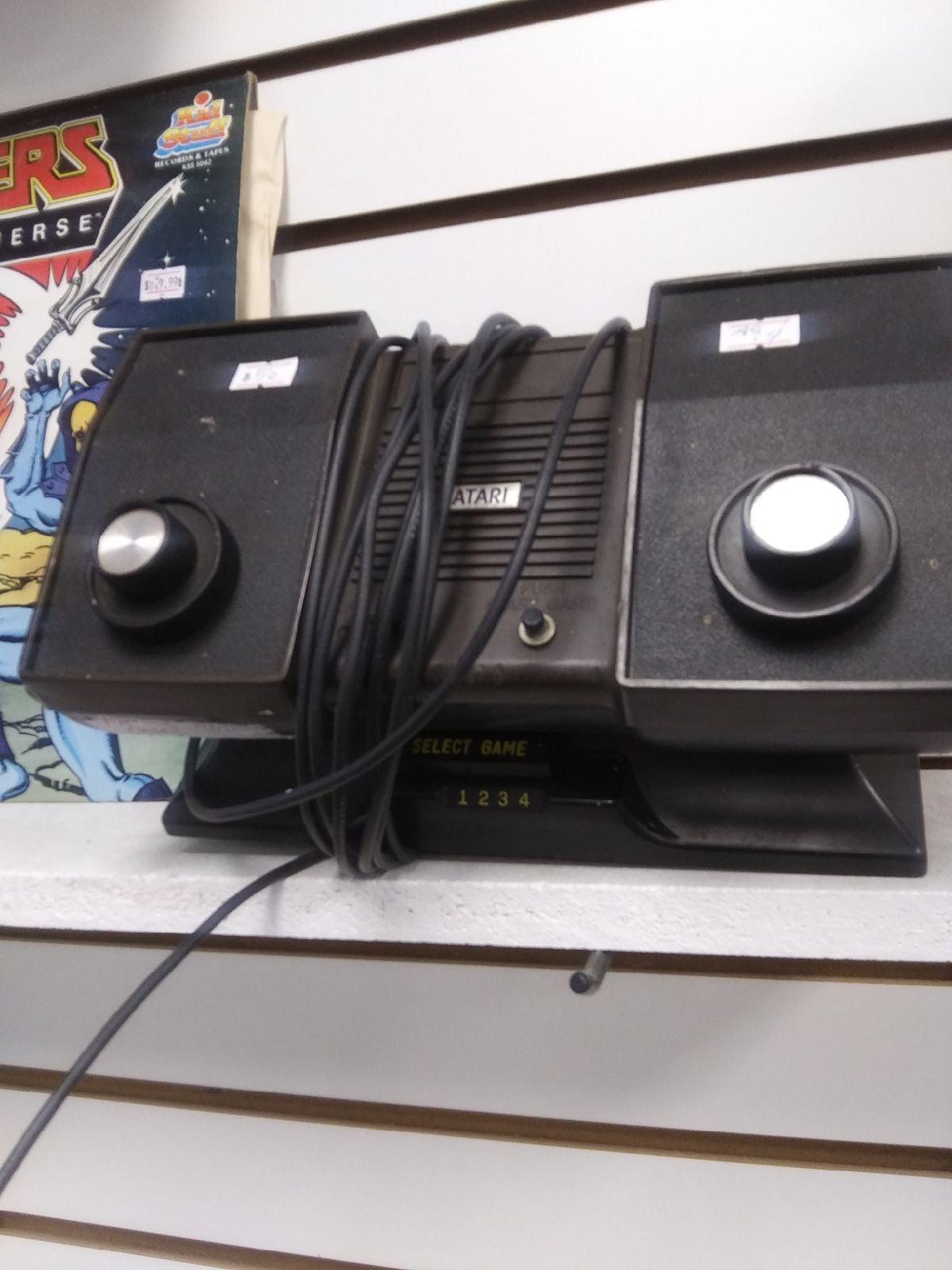 Pong 1970s Atari.