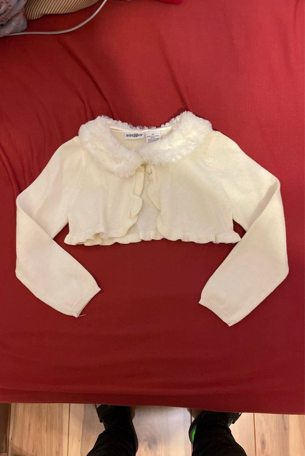 Kids R Us White Sweater Size 3T