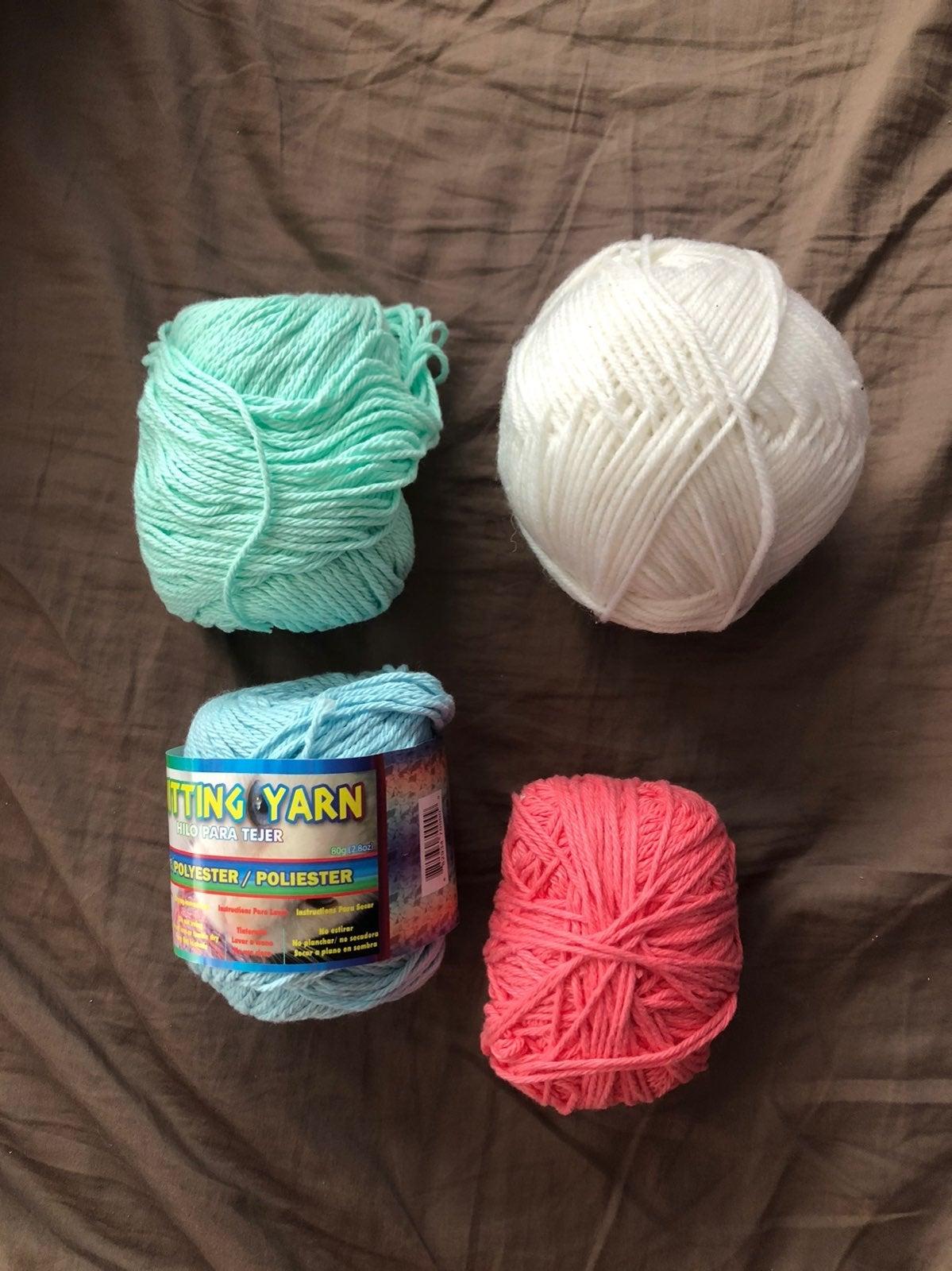 Lot of 4 Yarn Balls Set Pack