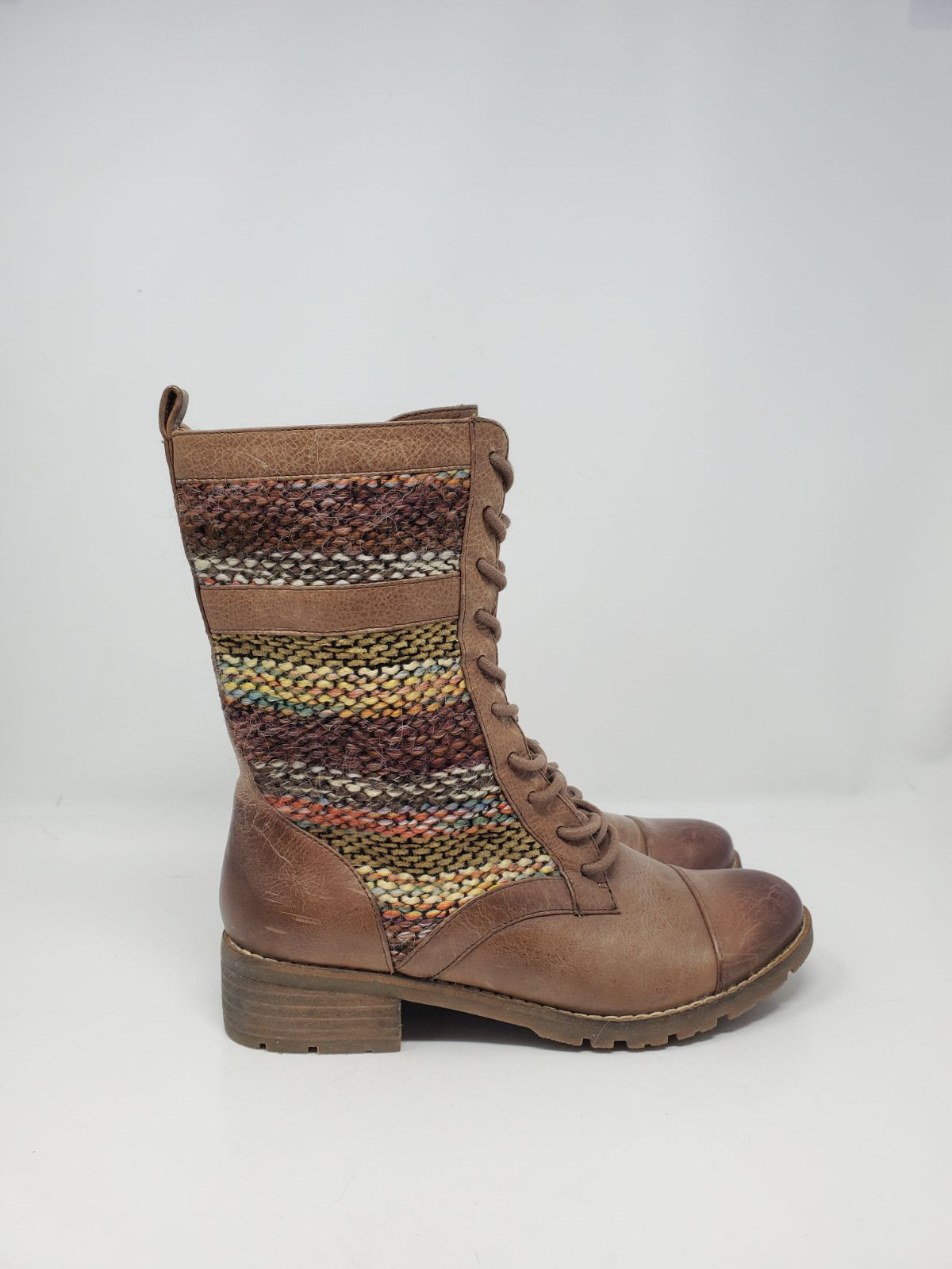 Like new $140 sofft leather combat boot
