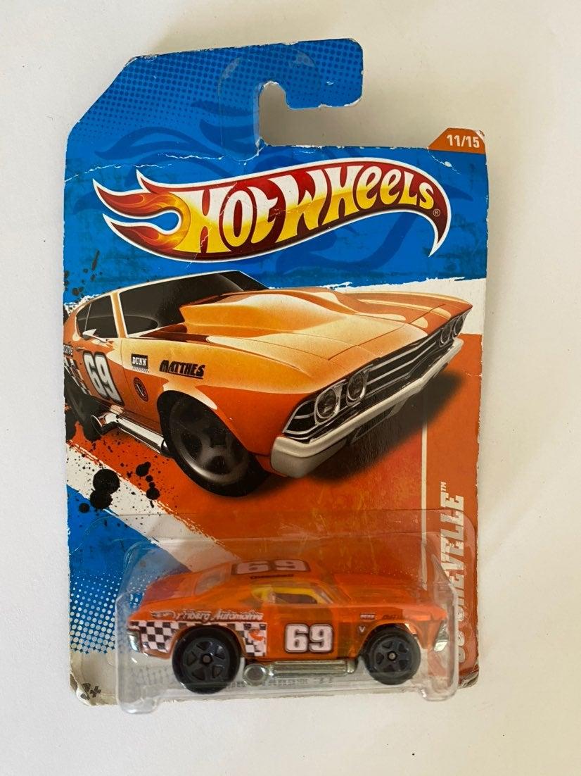 Hot Wheels Track Stars '11, '69 Chevelle