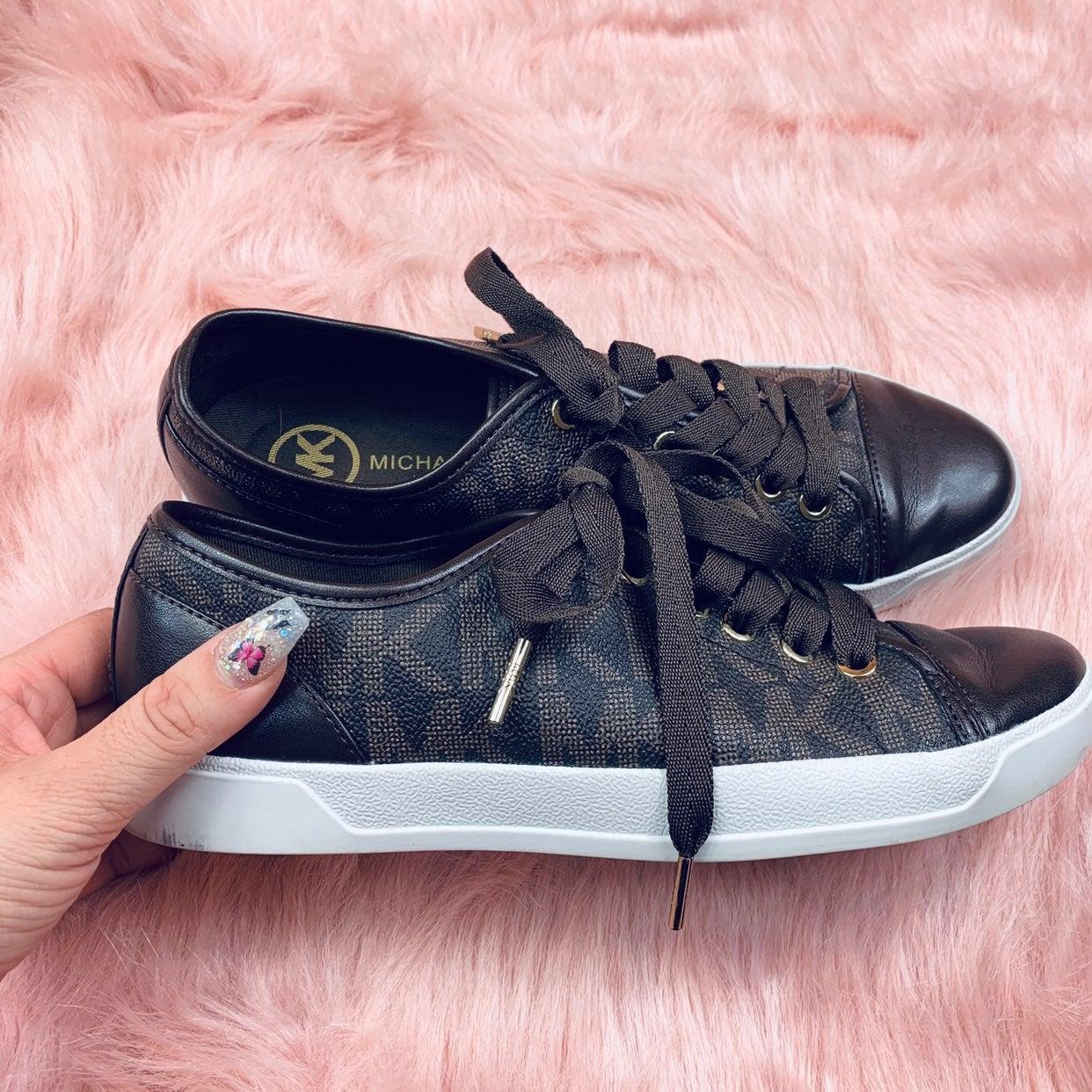 Brown Michael Kors sneakers, size 7