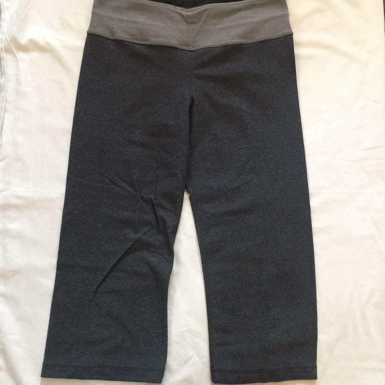 Lululemon groove crop reversible legging