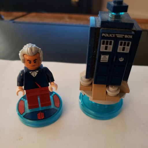 LEGO Dimensions Dr. Who and Tardis
