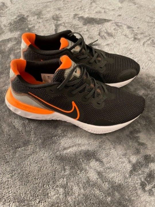 Nike Men's Running Athletic Shoes 10.5