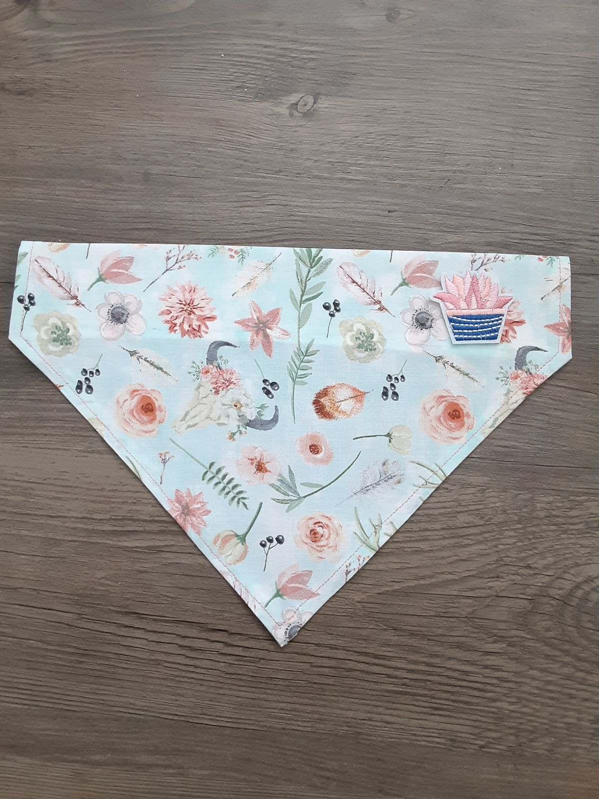 """tails and tumbleweeds"" doggy bandana"