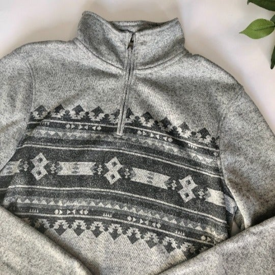 Men's Geometric Design Gray Pullover - M