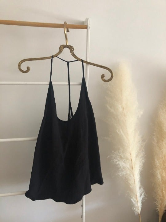 Reformation open back top with lace