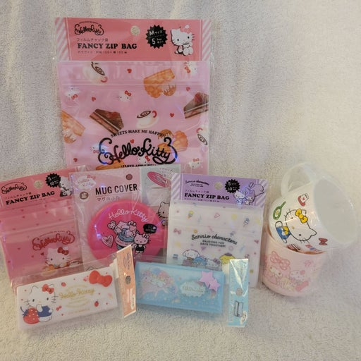 Hello Kitty/My Melody Sanrio Lot