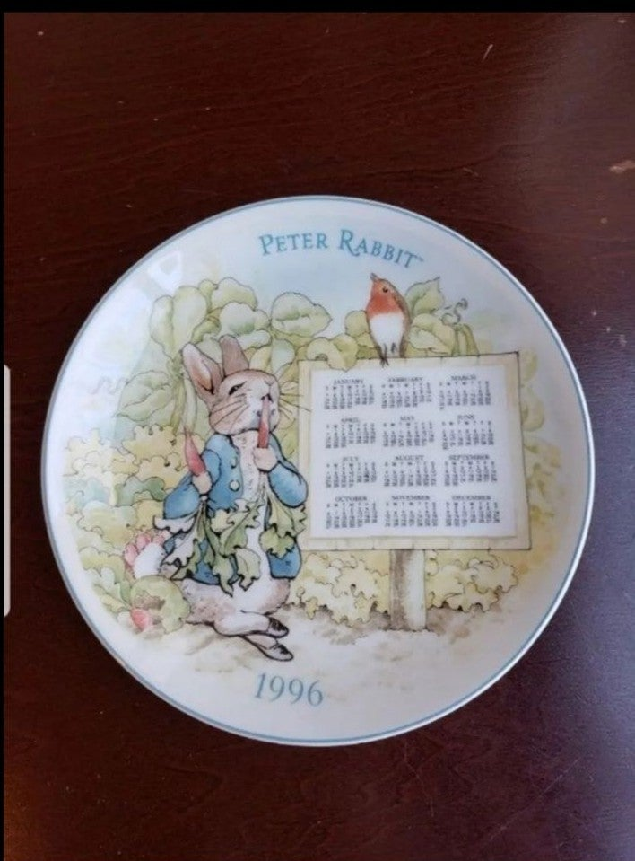 Vintage Peter Rabbit Collectible Plate