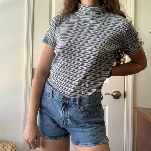 Vintage ribbed striped mockneck top