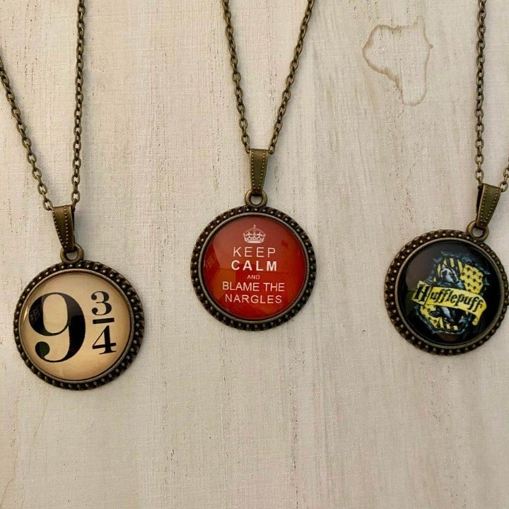 Hogwarts Artwork Pendant Necklaces 3 Pac